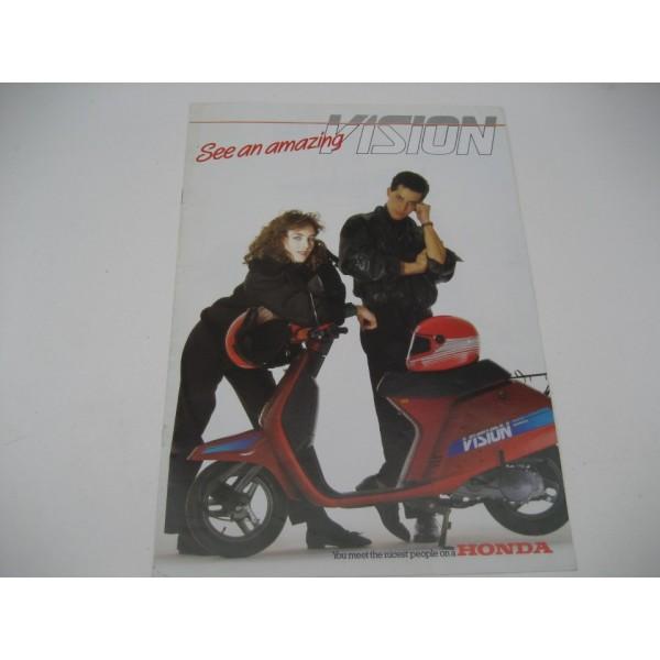 Honda Vision - Vintage Book