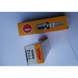 Honda CD175 Spark Plugs  D8HA