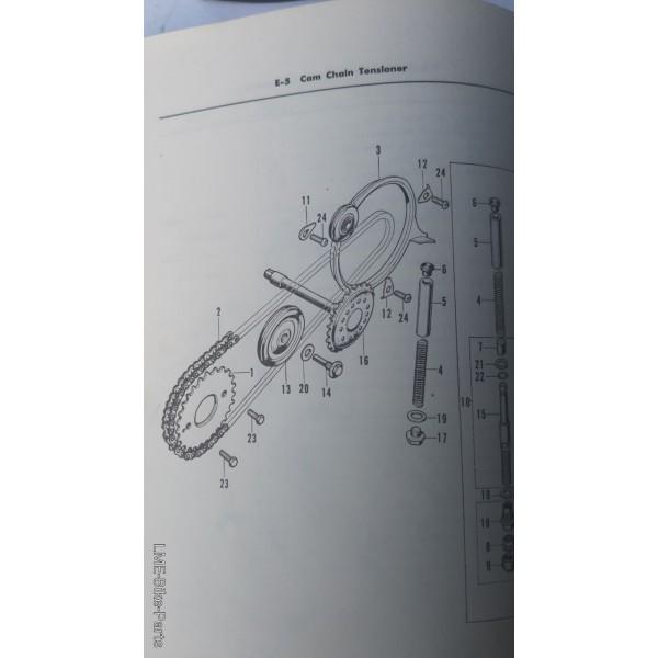 Honda CD90Z 14615-035-000 Pin Guide Rollor Bolt